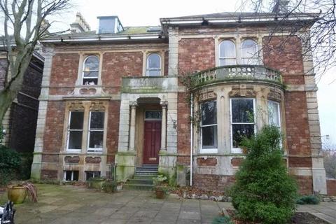 Studio to rent - Redland Grove, Redland