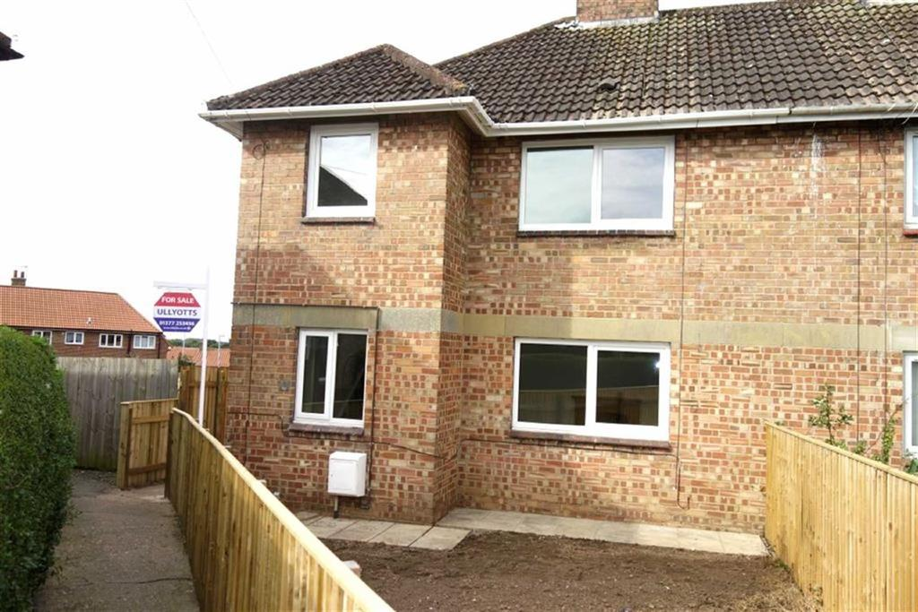 3 Bedrooms Semi Detached House for sale in Northfield Crescent, Driffield, East Yorkshire