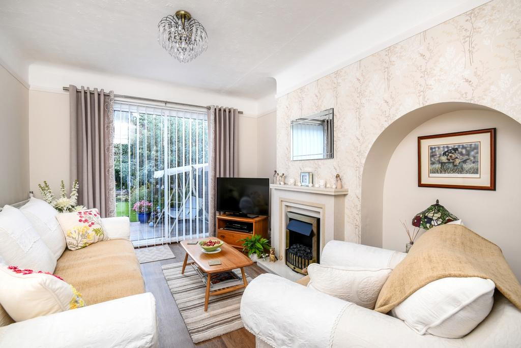 3 Bedrooms End Of Terrace House for sale in Conisborough Crescent Catford SE6