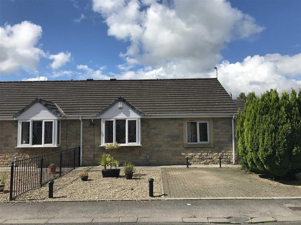 2 Bedrooms Semi Detached Bungalow for sale in Duckworth Street, Barrowford, Lancashire