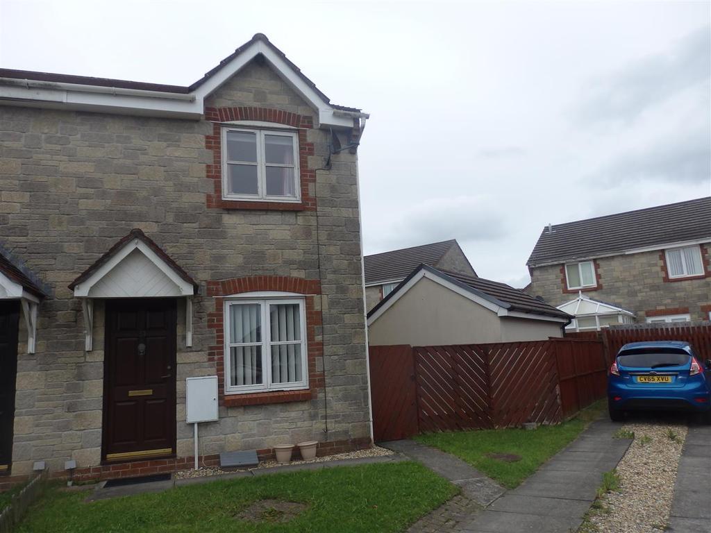 2 Bedrooms Semi Detached House for sale in Parc Morlais, Llangennech, Llanelli