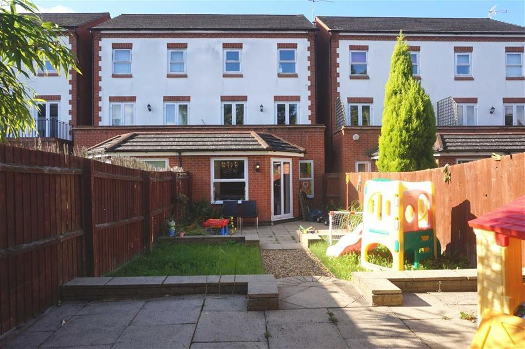 3 Bedrooms Semi Detached House for sale in South Knighton Road, South Knighton, Leicester