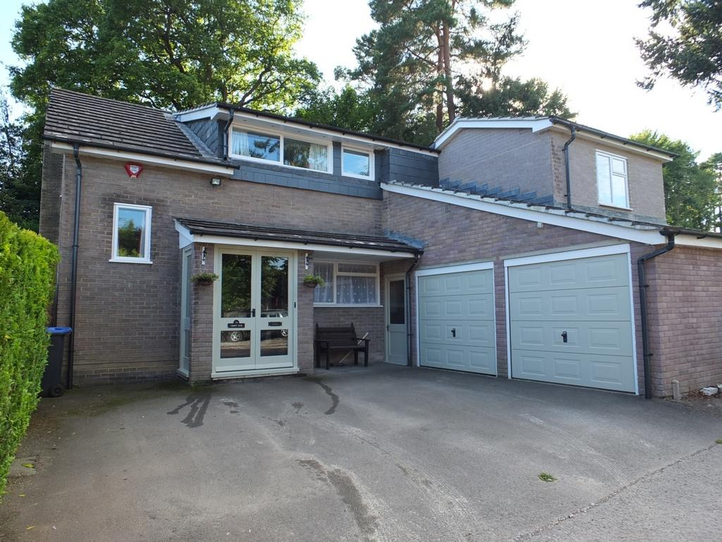 4 Bedrooms House for sale in Pondcroft Road, Lindfield, RH16