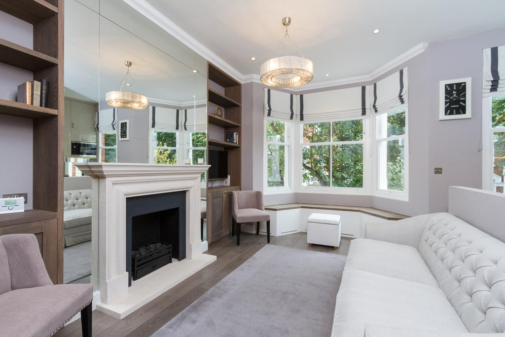 2 Bedrooms Flat for rent in Aynhoe Road, London, W14