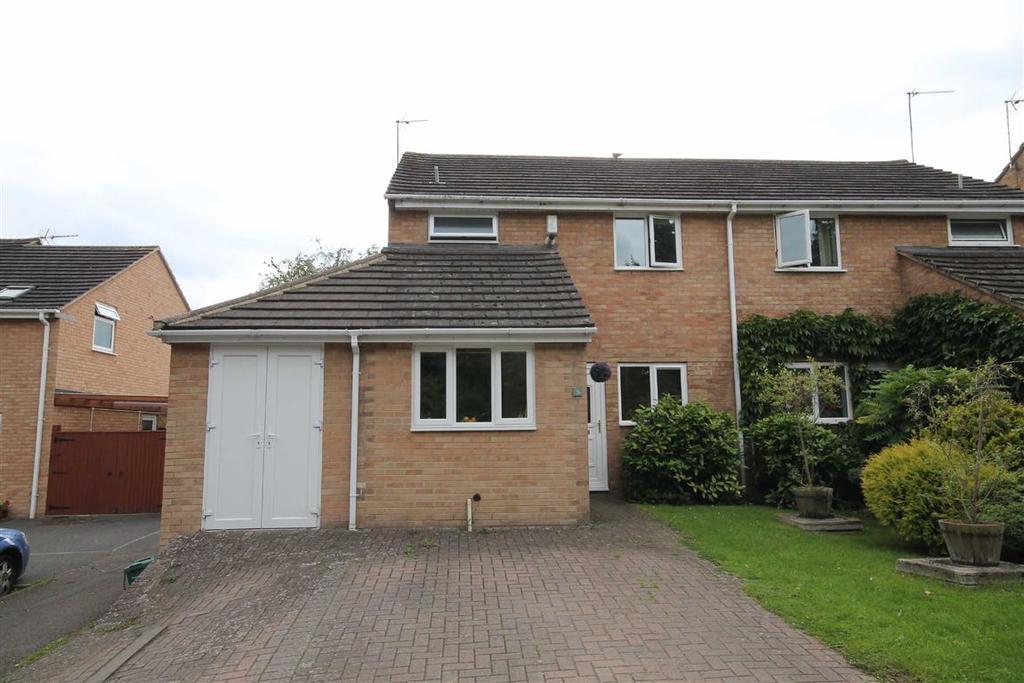 3 Bedrooms Semi Detached House for sale in Hazebrouck Close, Hatherley, Cheltenham, GL51