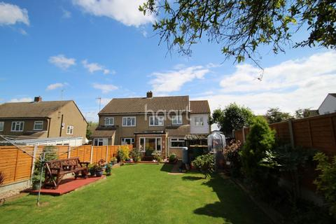 4 bedroom semi-detached house for sale - Brian Close, Chelmsford