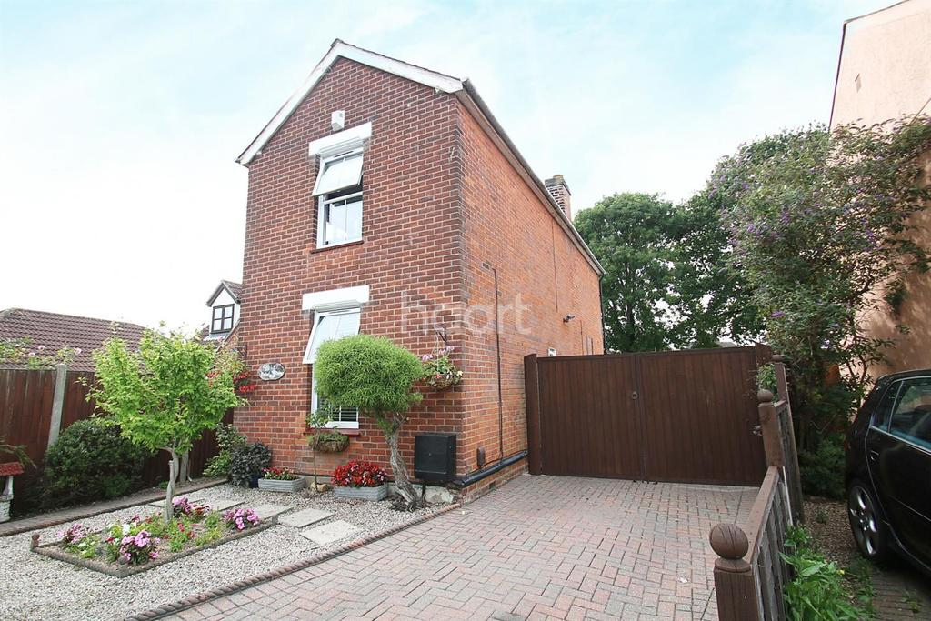 3 Bedrooms Detached House for sale in Parsons Heath, Colchester, CO4