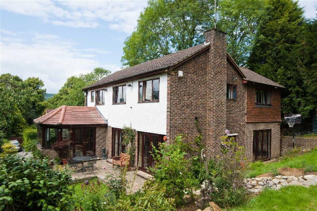 6 Bedrooms Detached House for sale in Church Lane, Oxted, Surrey