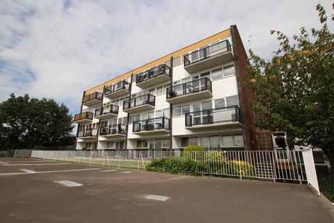 2 bedroom apartment for sale - Hillside, Hoddesdon EN11
