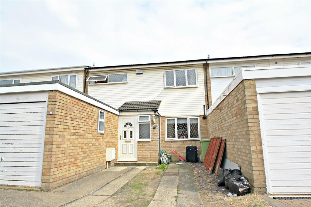3 Bedrooms Terraced House for sale in Earls Close, Bletchley, Milton Keynes