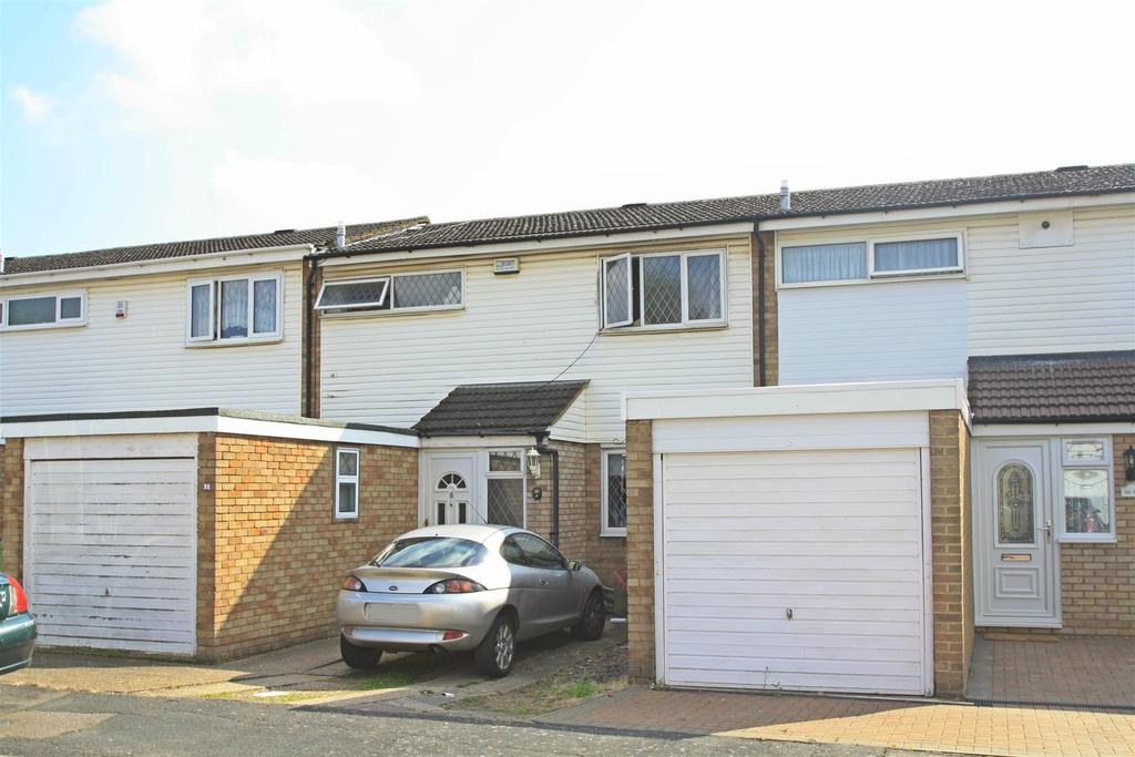 3 Bedrooms House for sale in Earls Close, Bletchley, Milton Keynes