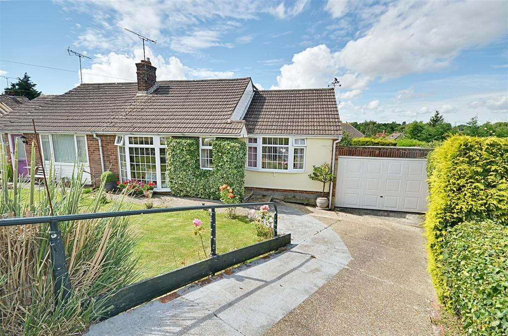 3 Bedrooms Semi Detached Bungalow for sale in Wayside Avenue, St. Michaels