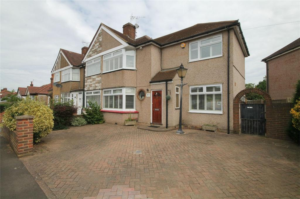 4 Bedrooms End Of Terrace House for sale in Parkfield Road, Feltham, Middlesex