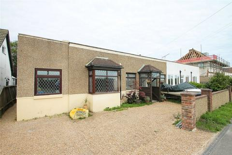 2 bedroom semi-detached bungalow to rent - Portsmouth Road, Lee-on-the-Solent, Hampshire