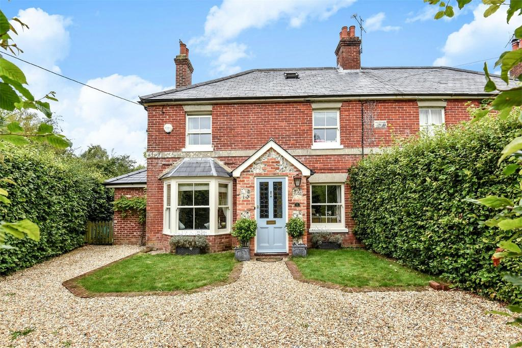 4 Bedrooms Semi Detached House for sale in Cheriton, Hampshire