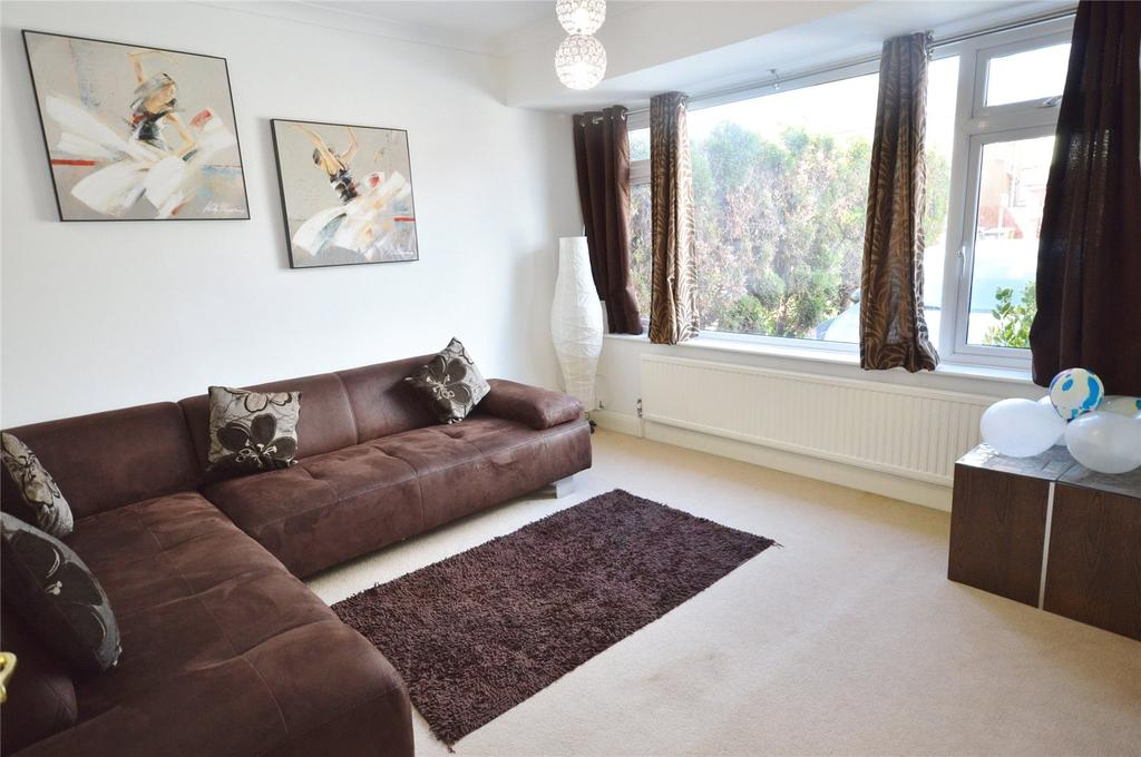 3 Bedrooms House for sale in Kingswood Road, Garston, Hertfordshire, WD25