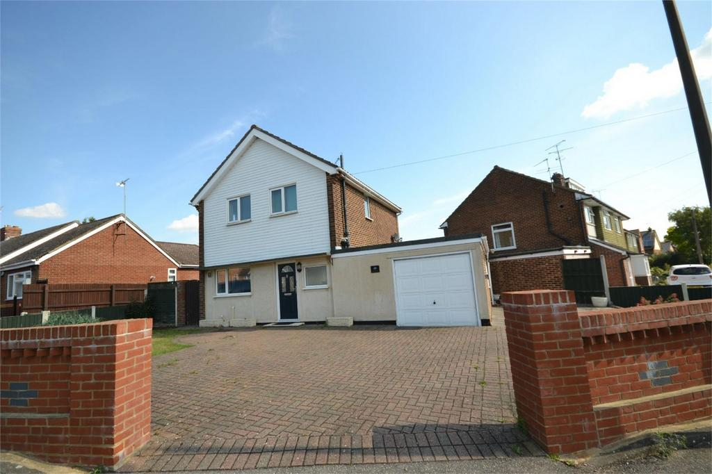 3 Bedrooms Detached House for sale in Granger Avenue, Maldon, Essex