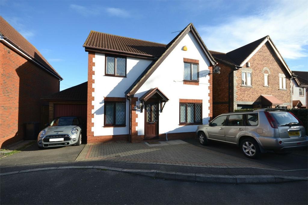 4 Bedrooms Detached House for sale in Long Common, Heybridge, Maldon, Essex