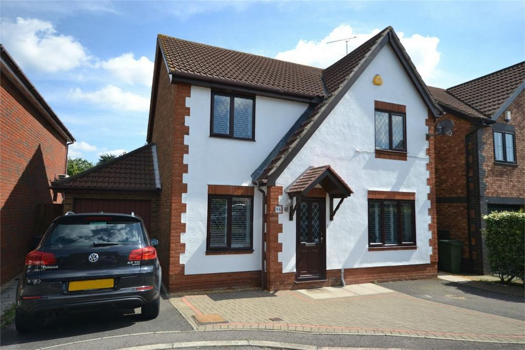4 Bedrooms Detached House for sale in Long Common, Heybridge, Maldon, Essex