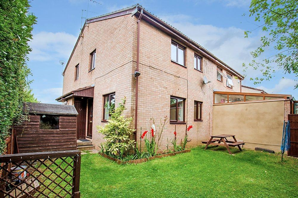 2 Bedrooms House for sale in Maids Moreton, BUCKINGHAM