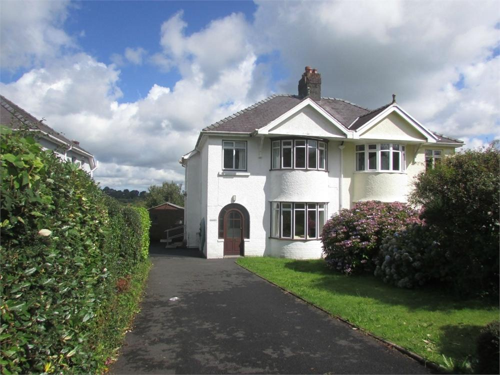 3 Bedrooms Semi Detached House for sale in Dolwerdd, 5 Southmead, Narberth, Pembrokeshire