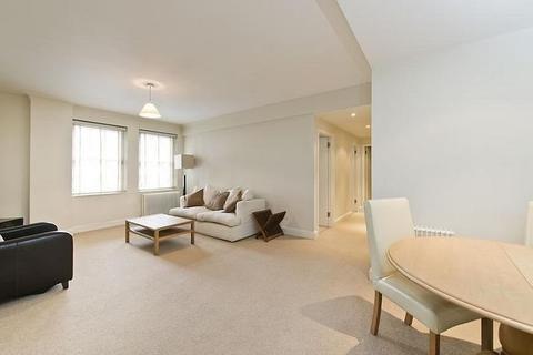 2 bedroom penthouse to rent - Pelham Court, Fulham Road, Chelsea, SW3