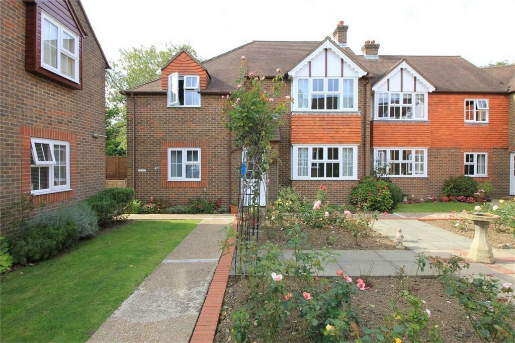 1 Bedroom Retirement Property for sale in Rue de Bayeux, BATTLE, East Sussex