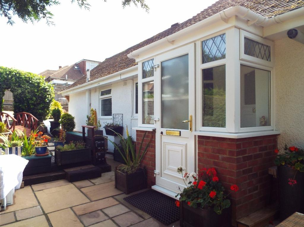 3 Bedrooms Bungalow for sale in Downs Valley Road Woodingdean East Sussex BN2