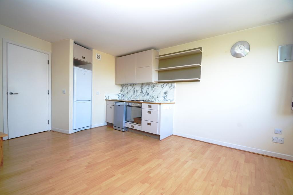 1 Bedroom Flat for sale in Deals Gateway London SE13