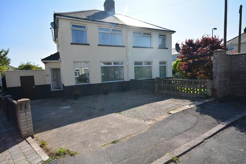 2 Bedrooms Semi Detached House for sale in Ty Fry Gardens, Rumney, Cardiff. CF3