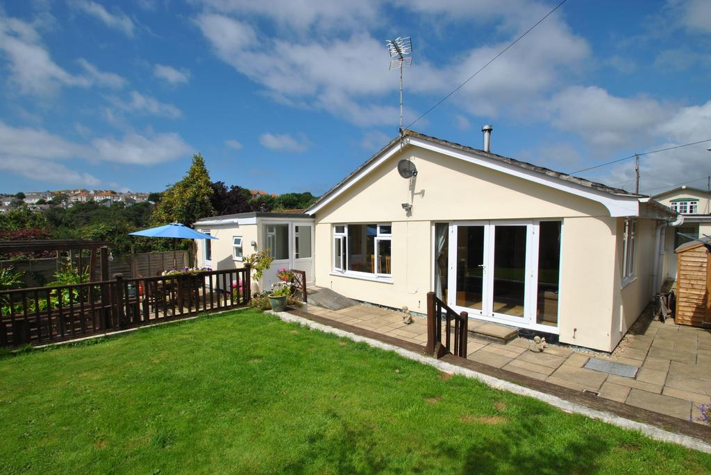 3 Bedrooms Bungalow for sale in Treninnick Hill, Newquay