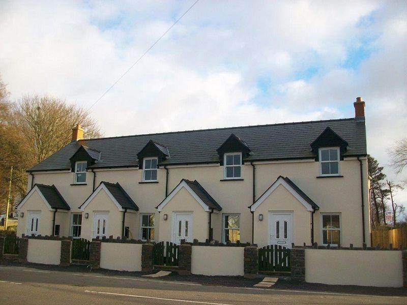 2 Bedrooms End Of Terrace House for sale in Hays Lane, Sageston, Tenby, Pembrokeshire.