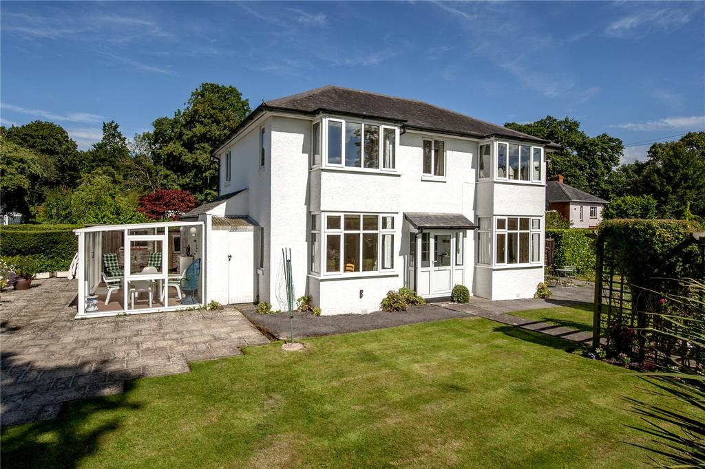 4 Bedrooms Detached House for sale in Staplegrove, Taunton, Somerset