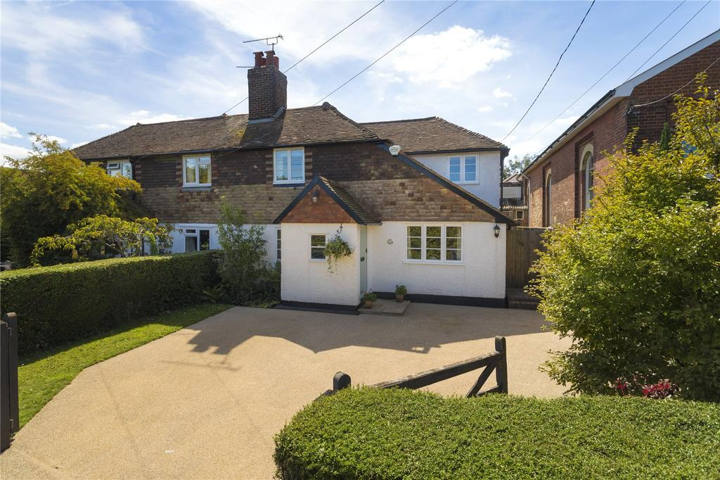 3 Bedrooms Semi Detached House for sale in Chapel Cottages, Selling Road, Old Wives Lees, Canterbury