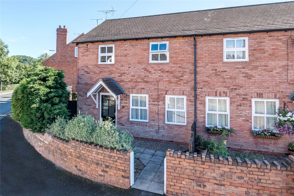 3 Bedrooms Semi Detached House for sale in Wolverhampton Road, Bridgnorth, Shropshire