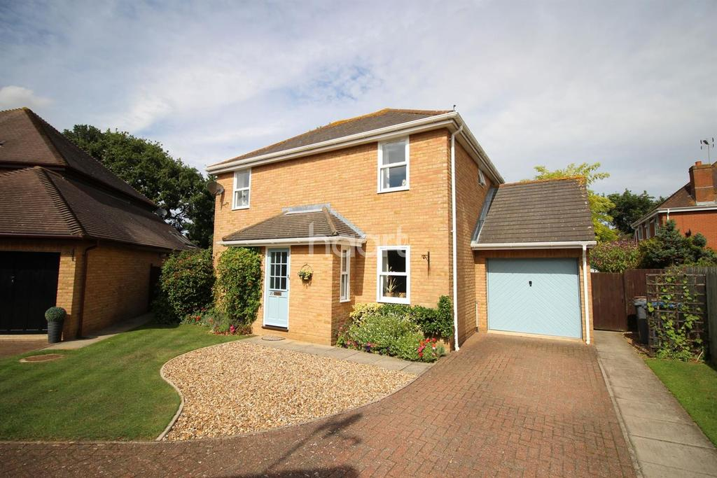 3 Bedrooms Detached House for sale in Rowarth Avenue