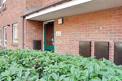 1 bedroom flat for sale - Baxter Court, Norwich