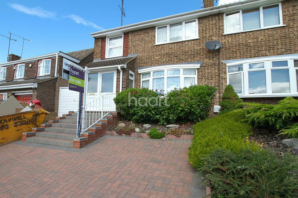 3 Bedrooms Semi Detached House for sale in Butely Road