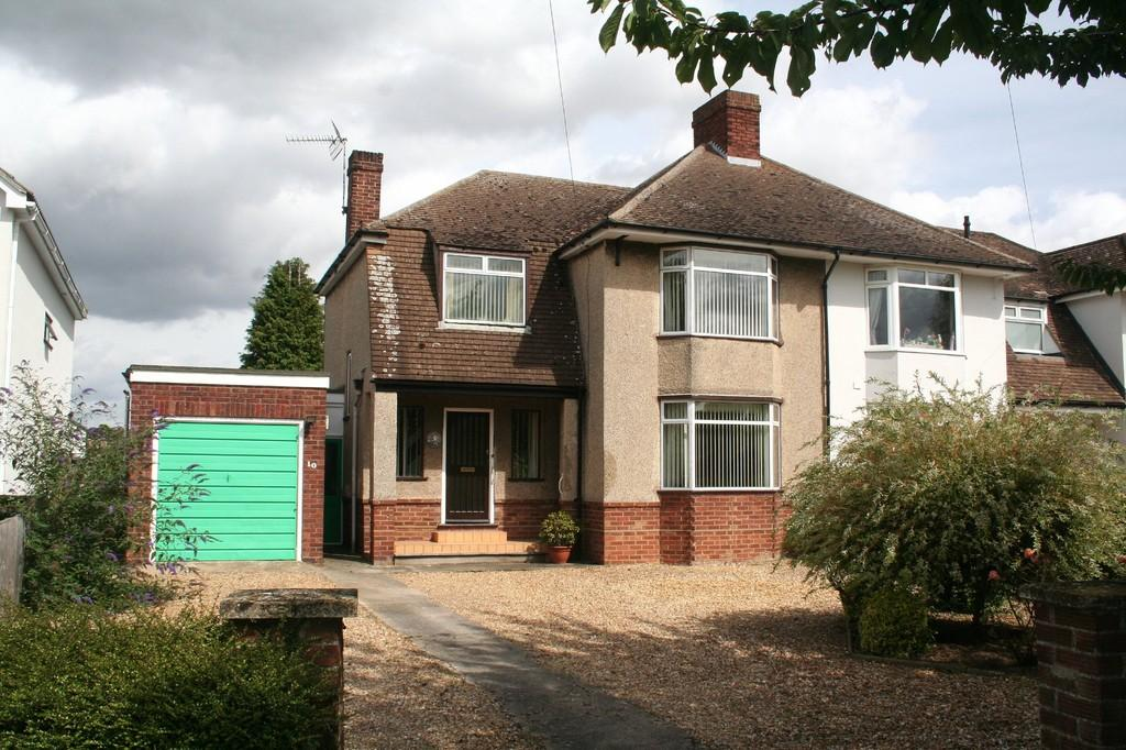 3 Bedrooms Semi Detached House for sale in Royston Road, Whittlesford