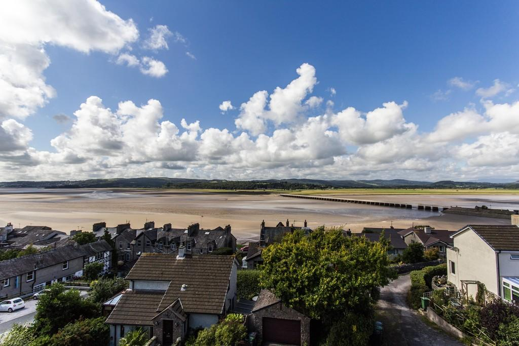 4 Bedrooms Maisonette Flat for sale in Westways, 10 Church Hill, Arnside, LA5 0DF