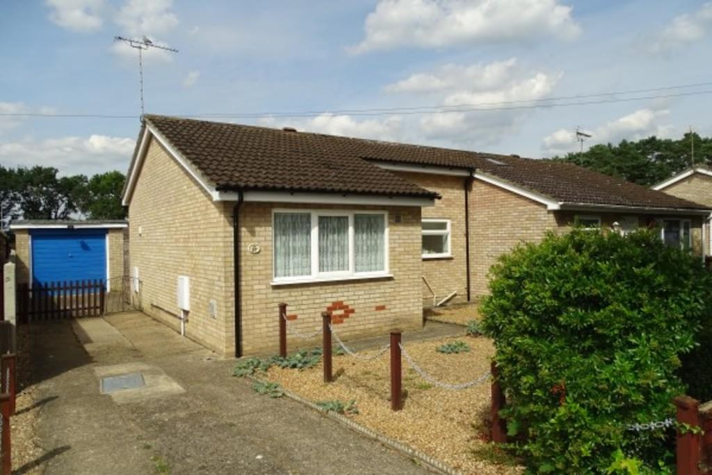 1 Bedroom Semi Detached Bungalow for sale in Swallow Drive, Brandon