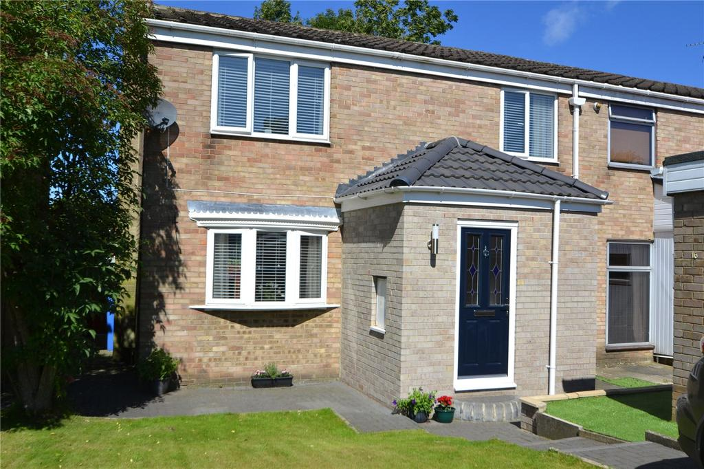 3 Bedrooms Semi Detached House for sale in Dinting Close, Peterlee, Co. Durham, SR8