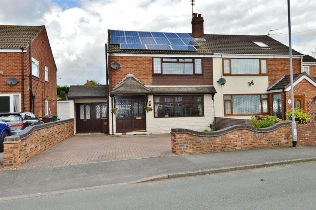3 Bedrooms Semi Detached House for sale in Priory Road, Brereton