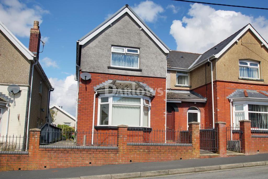 2 Bedrooms Semi Detached House for sale in Garden city, Rhymney
