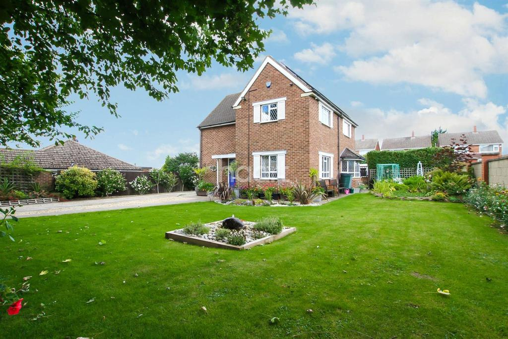 3 Bedrooms Detached House for sale in Stanton Road
