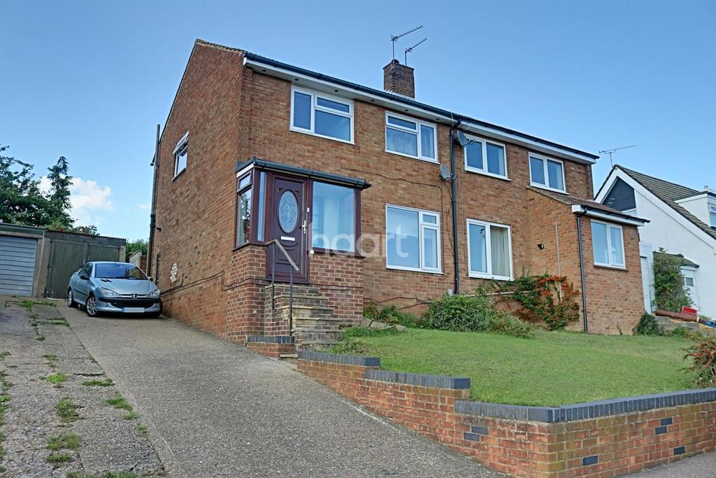 3 Bedrooms Semi Detached House for sale in Hillshaw Crescent, Strood, ME2
