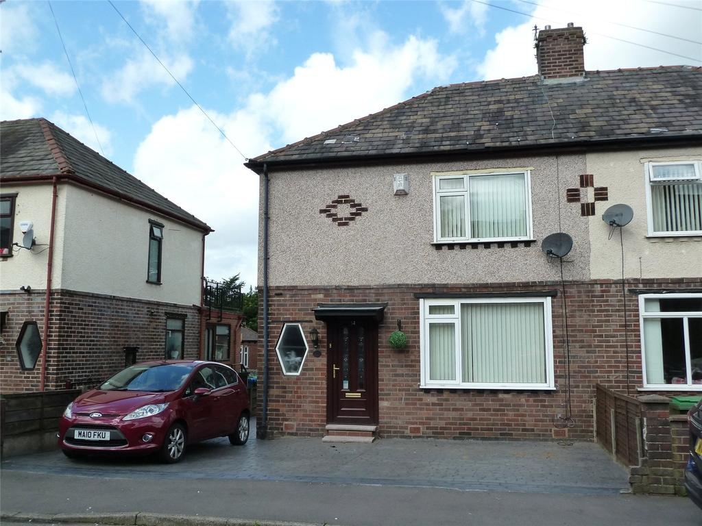 2 Bedrooms Semi Detached House for sale in Mildred Avenue, Grotton, Saddleworth, OL4