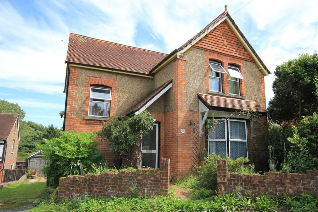 3 Bedrooms Detached House for sale in High Street, Horam