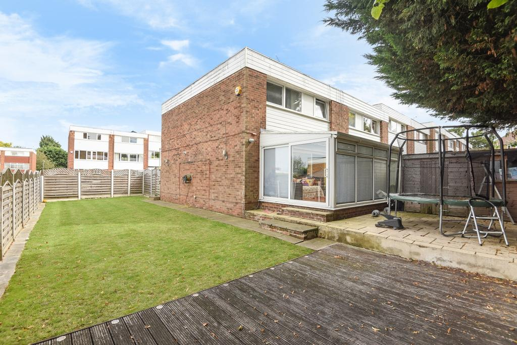 4 Bedrooms End Of Terrace House for sale in Highfield Avenue Orpington BR6