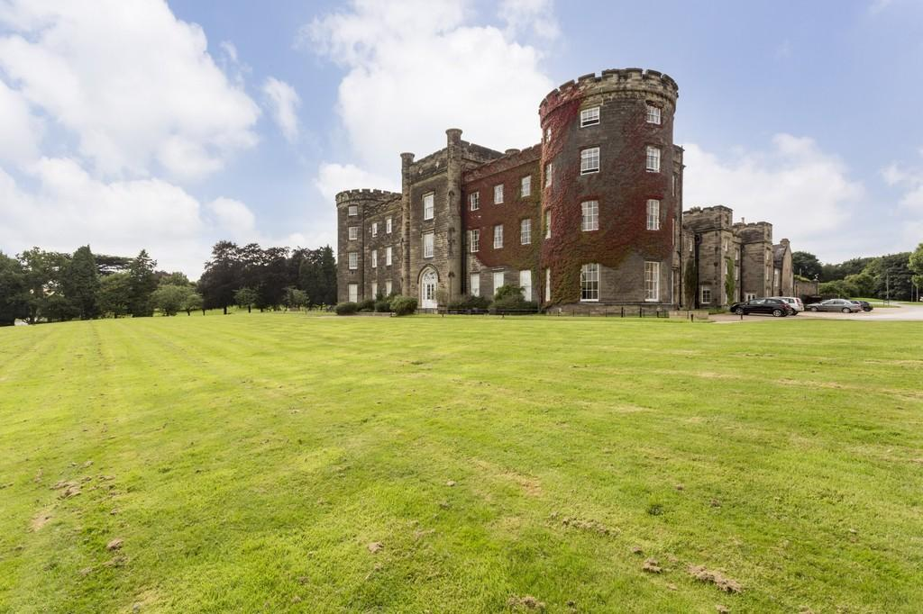 3 Bedrooms Apartment Flat for sale in Bretby, Burton-on-Trent